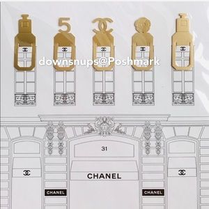 5PC Chanel Gold logo bookmarks